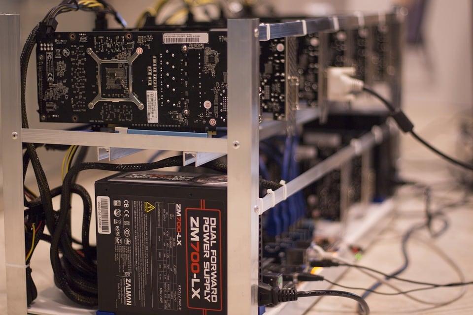 Bitcoin-Mining-Grafikkarte-FPGA-ASIC